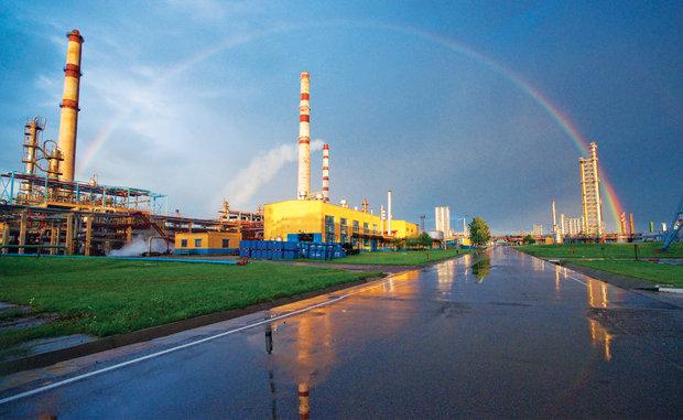 Межправкомиссия обсудила переработку нефти Украины наНПЗ Беларуси - вице-премьер Зубко