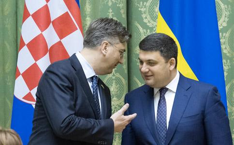 Гройсман предложил провести совещание украинско-хорватской правительственной комиссии в 2017-ом