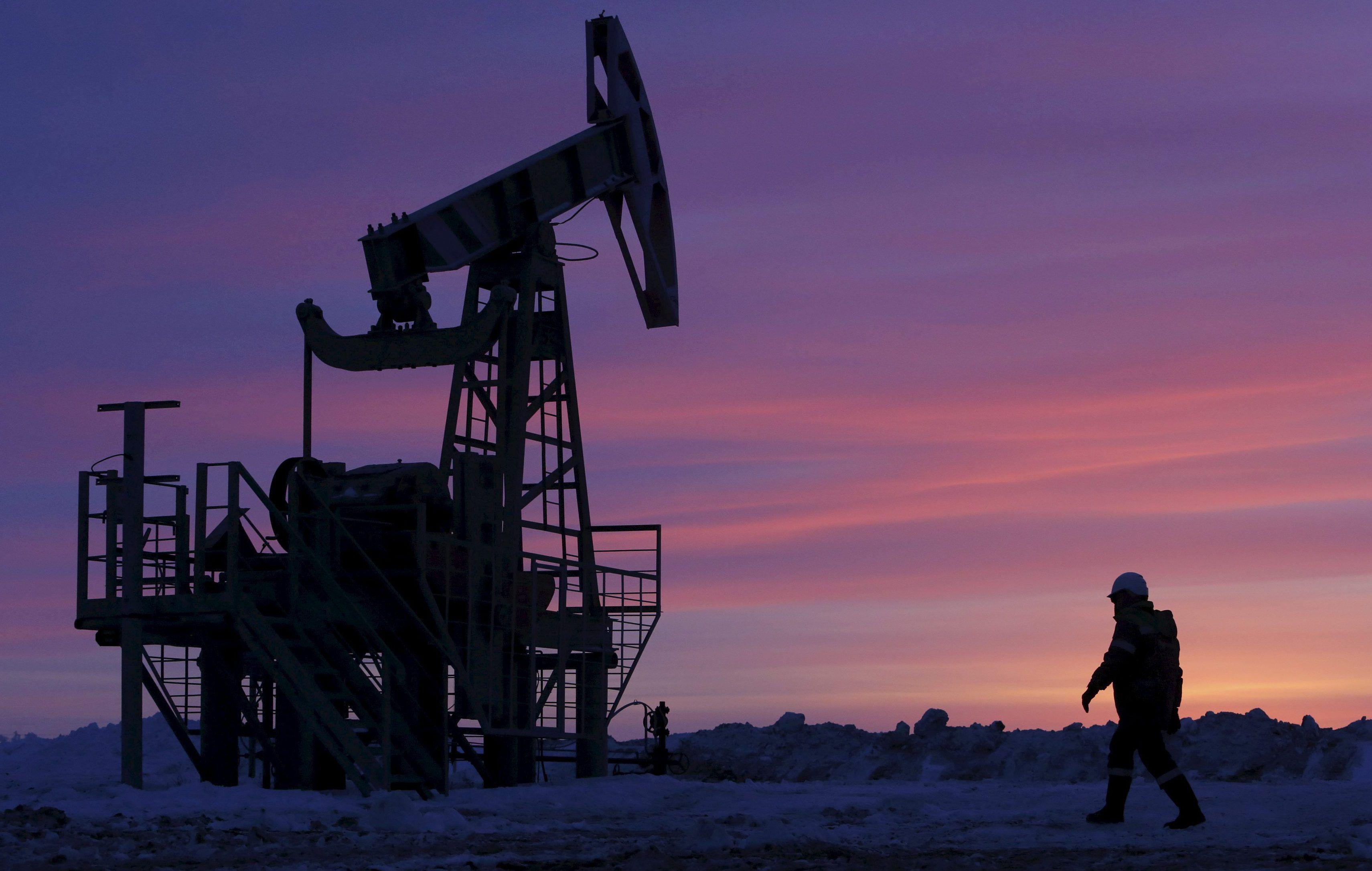 Азербайджан готов уменьшить добычу нефти