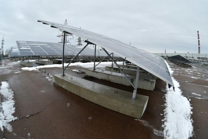 Запускают первую солнечную электростанцию вЧернобыльской зоне