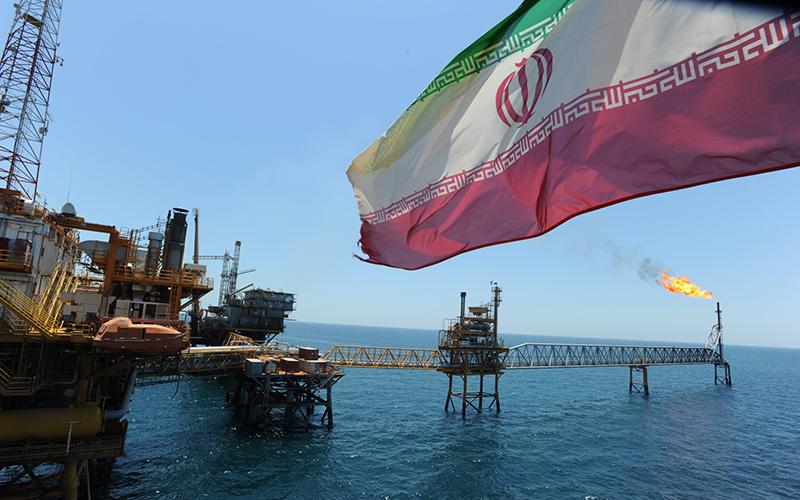 Иран выводит на рынок новый сорт нефти