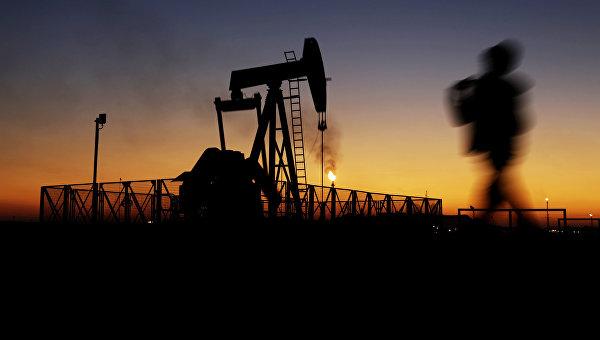 Иран вернулся надосанкционный уровень добычи нефти